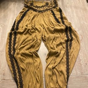 Free people Harem ballon willow  embroidered pants
